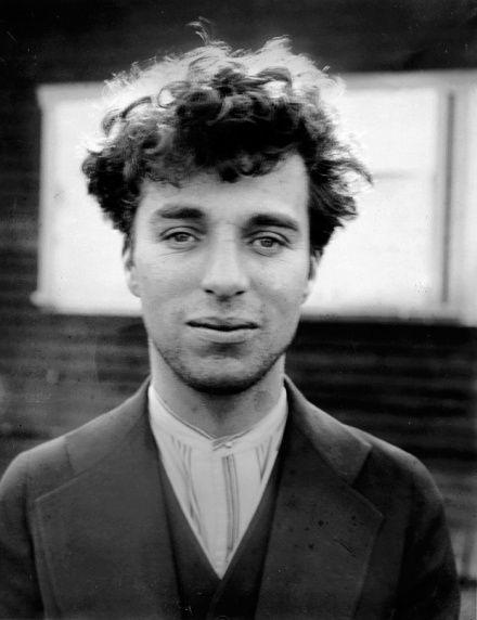Chaplin-1916