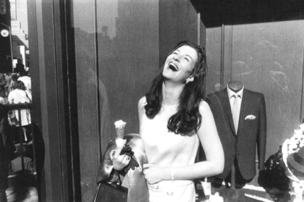 winogrand-woman-and-dummy