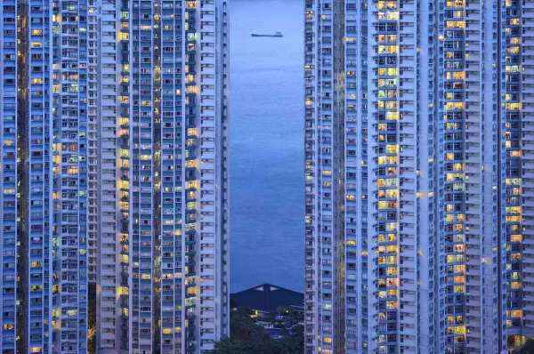 The Blue Moment #17, Hong Kong, 2015